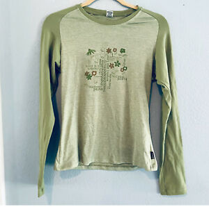 Prana women's size M green stretch long sleeve fitted shirt