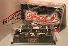 2001 Dale Earnhardt GM Goodwrench Service Plus 1/24 Revell NASCAR Diecast