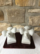 Sculptures Couple de colombes en biscuit blanc n°4985
