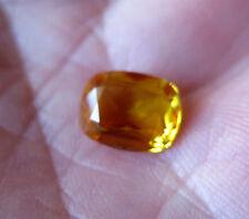 SAPHIR VERNEUIL JAUNE D'OR 8x10 mm COUSSIN qualité joaillerie..3,30cts