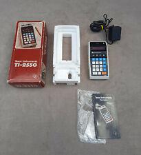 VINTAGE TEXAS INSTRUMENTS TI-2550 CALCOLATRICE completo di scatola e manuale