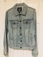 T Womens Blue Light Wash Denim Shirt Size 12