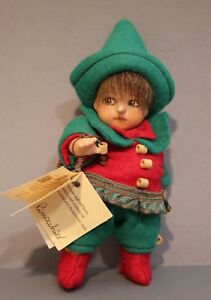 """Montedragone Porcelain """"Pinocchio"""" Christmas Colored Outfit: Wonderful!"""