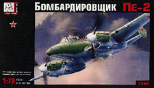 Bombardier moyen Soviétique PETLYAKOV Pe-2, WW2 - Kit Voka-Gran Ltd 1/72 n° 7248