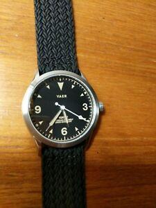 Vaer C3 quartz watch Mint