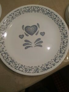 "Vintage Corelle ""BLUE HEARTS"" 13 Piece Dinnerware Set of 4 Place Settings"