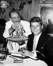 JOHN F. KENNEDY IS SERVED FETTUCCINE BY ALFREDO DI LELIO - 8X10 PHOTO (OP-154)