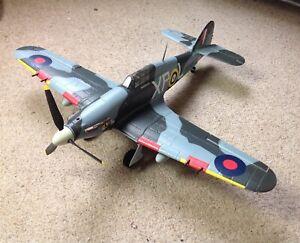 Hobby King - HAWKER HURRICANE MkllB 'XP-L' BE505 Aircraft - RC, PNF Built Kit