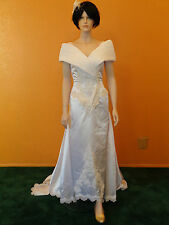 Gorgeous New Michele Vincent designer wedding gown w/removable train size 10