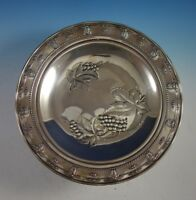 Rose Point by Wallace Sterling Silver Tray with Grapes Round #4455-9 (#2920)