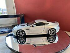 aston martin v12 vantage silver 1:18 autoart