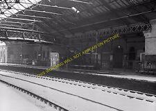 South Shields Railway Station Photo. Tyne Dock, East Boldon and Line (19)