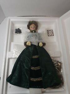 NIB 1996 Mattel Holiday Porcelain BARBIE Collection HOLIDAY CAROLER BARBIE