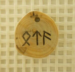 "WOODEN AMULET Formula Runes ""Spell on Achieving the Goal"""