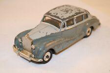 Dinky Toys 150 Rolls Royce Silver Wraith good+ all original condition