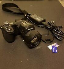 Sony Cyber-shot DSC-F828 8.0MP Digital Camera With Ikelite Underwater Housing