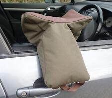GRAPPLER CAMERA BEAN BAG. A large U shaped bag for telephoto lenses. Prefilled.