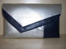 Oltre dimensionati Navy Blu & Argento asimmetrica Faux Leather Pochette miliardi