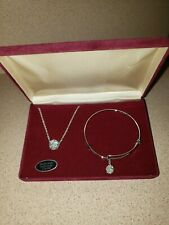Swarovski Crystal Halo Jewelry Set Brand New Free Shipping