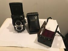 Yashica Mat 124 Metered Twin Lens Camera -w/ Case - Non-responsive meter