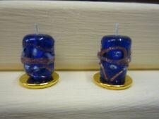 Dolls House CANDELE due in miniatura non Illuminazione Candele su stand Placcato Oro