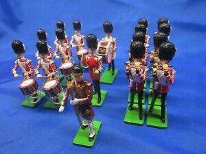 W BRITAIN 41175 GRENADIER GUARDS DRUM & FIFE BAND TOY SOLDIER SET             51