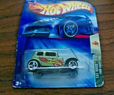 2004 Hot Wheels Tat Rods 2/5 FORD VICKY 1932 Green 5sp 119 Never Again New 3SP