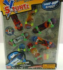 Mini Skatboard 2011158 StuntzX Light Up Effect Finger Fingerborad Uni Fortune