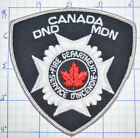 CANADA, DEPT OF NATIONAL DEFENSE FIRE SERVICE D'INCENDIE WHITE EDGE PATCH