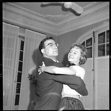 Couple de danseurs homme femme soirée - Ancien négatif photo an. 1950