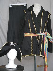 Pirate Buccaneer Swashbuckler Black and Gold