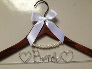 Free Shipping Personalized Wedding Hanger, brides bridesmaid gifts, name hanger