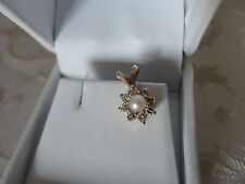 Splendido pendente con diamanti naturali 0,24 ct oro giallo e perla gold 0.24 ct