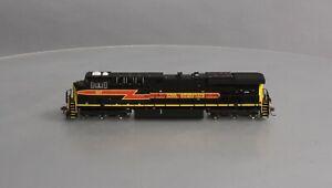 Walthers 85-49719S Iowa Interstate GE ES44AC Diesel Locomotive #507