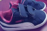 Boys Puma trainers in red and blue with white stripe-size 5