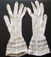 FANCY WOMENS CROCHET GLOVES VINTAGE 1950s 1960s NATURAL IVORY SIZE SMALL 6 - 6.5