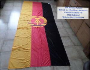 socialist /communist East german GDR : very large Flag ( cold war ) RDA Drapeau