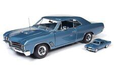 AUTOWORLD DR2AMM1115 1:18 1967 Buick GT HT w/64 scale