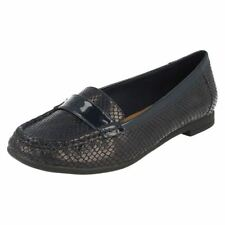 Clarks Round Toe Synthetic Flats for Women