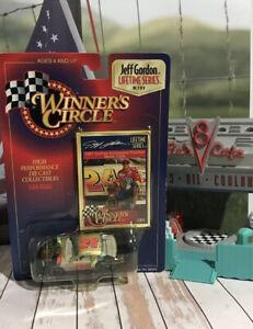 Car 1:64 Diecast WC NASCAR Jeff Gordon Lifetime 1997 Dupont Chroma Chevy 2/8