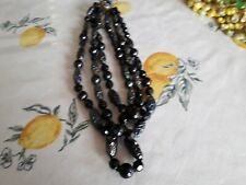 RETRO STUNNINGLY BEAUTIFUL 3 STRAND NECKLACE DARK IRREDESCENT PLAIN BLACK BEADS