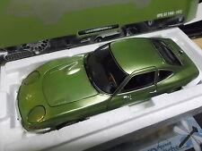 OPEL GT 1900 1.9 Coupe 1972 green grün met Minichamps NEU Minichamps 1/1002 1:18