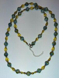 -KETTE,Glasperlen,Halskette,twisted Glasperlen, Blautöne,Gelb