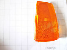 1983-86 MERCURY COUGAR RH FRONT FENDER MARKER LAMP ASSEMBLY AMBER,E3WY-15A201-A