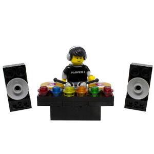 LEGO DJ Decks and Speakers Turntables with Minifigure Music