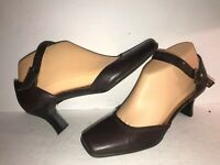 KENNETH COLE REACTION SZ 6 1/2 BROWN LEATHER MARY JANE WOMEN PUMPS HHR11-4