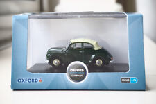 Oxford diecast model 76MMC003 1962  Morris Minor Convertible Almond green white