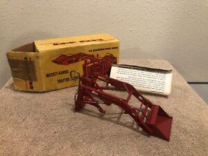 1/20 Vintage Reuhl Massey Harris Loader & Box Ruehl Toys