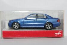 Mercedes Benz E Klasse  W211  Herpa 1:87 blaumetallic