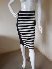 COUNTRY ROAD BLACK AND WHITE STRIPED  WIGGLE  SKIRT SIZE 8 LOOK LOOK AT PRICE